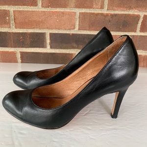 Corso Como Black leather heel pump